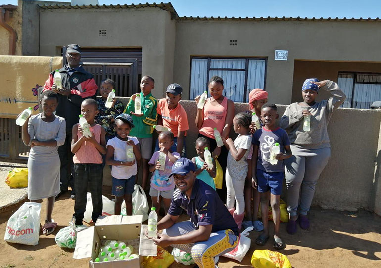 SARLA and Lemonlicious Distribute Goodwill